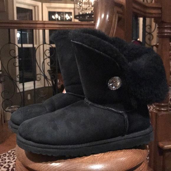 2ecb80e2861 Black Ugg Bailey button Bling boot. Sz USA 7